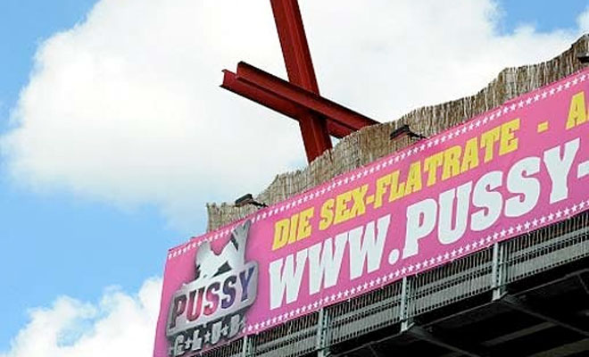 Alter Hallo?! Bums Flatrate in Berliner Puff!