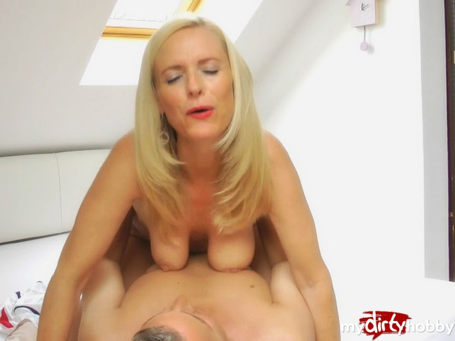 2 german milfs with monster tits in privat amateur gangbang 2