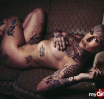 LadyKinkyCat nackt und sexy